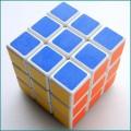 圣手三阶魔方磨砂 可用于专业比赛 圣手出品三阶魔方儿童比赛益智玩具 颜色随机